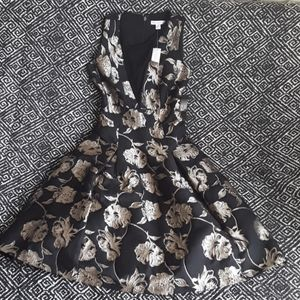 NWT BLACK/GOLD NEW YORK & COMPANY COCKTAIL DRESS